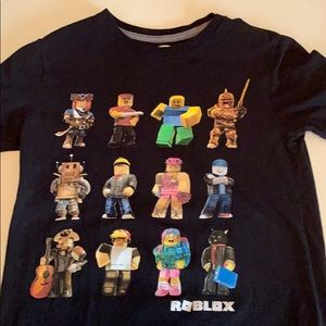 Old navy roblox T-shirt